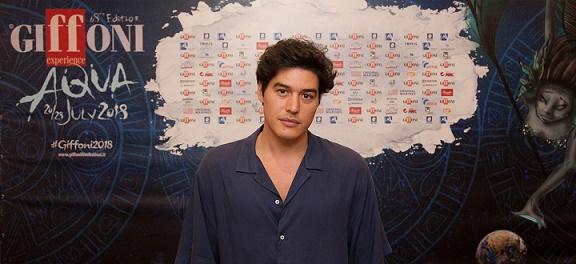 """Cristiano Caccamo al Giffoni Film Festival: """"Nella vita niente è impossibile"""""""