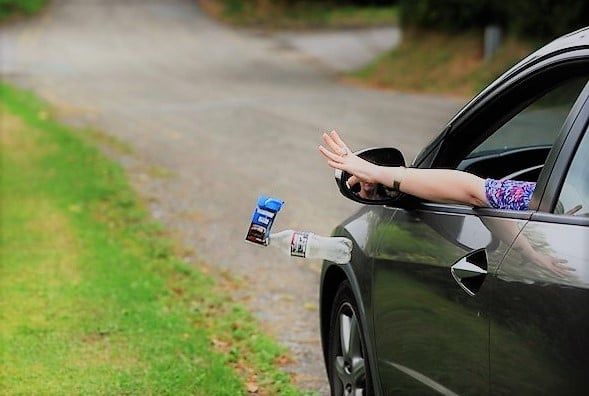 Multe fino a 400 euro per comportamenti incivili degli automobilisti