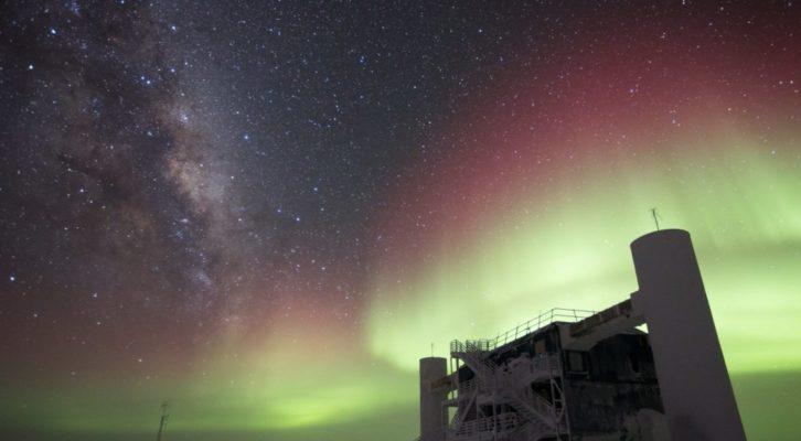 L'universo è perfettamente simmetrico