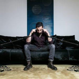 Scapestro: il nuovo percorso musicale parte con Shurhùq
