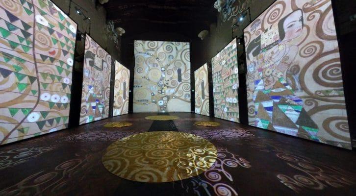 Klimt Experience approda alla Basilica dello Spirito Santo di Napoli