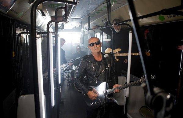 """Luca Carboni approda con il suo """"Sputnik Tour"""" alla Casa della Musica di Napoli"""