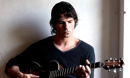 """Il cantautore Marco Cantini racconta """"La febbre incendiaria"""""""