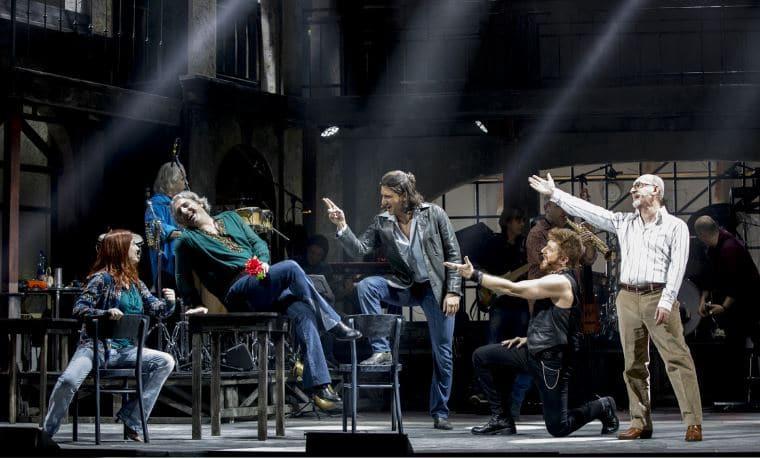 """""""Musicanti. Il musical con le canzoni di Pino Daniele"""" apre la tournée estiva all'Arena Flegrea"""
