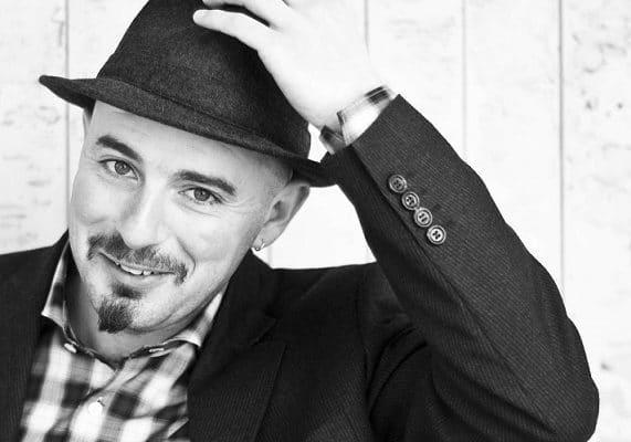 """Davide Peron torna in teatro con """"Turoldo, in cammino verso l'alto"""""""