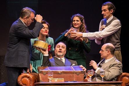 """Al Teatro Quirino di Roma in scena """"La cena delle belve"""" di Katcha"""