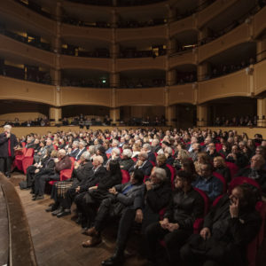 """Al Teatro La Giostra """"Medea per strada"""" con Elena Cotugno per la regia di Gianpiero Borgia"""