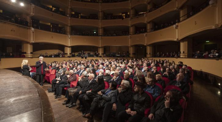 Grande successo al Trianon per l'omaggio a Nino Taranto