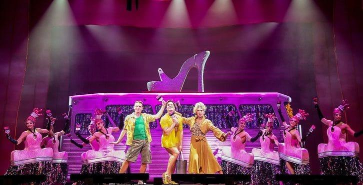 """In scena al Teatro Augusteo di Napoli il musical """"Priscilla La Regina del Deserto"""""""