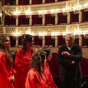 """Fabrizio Moro: continua l'instore tour per presentare """"Figli di nessuno"""""""