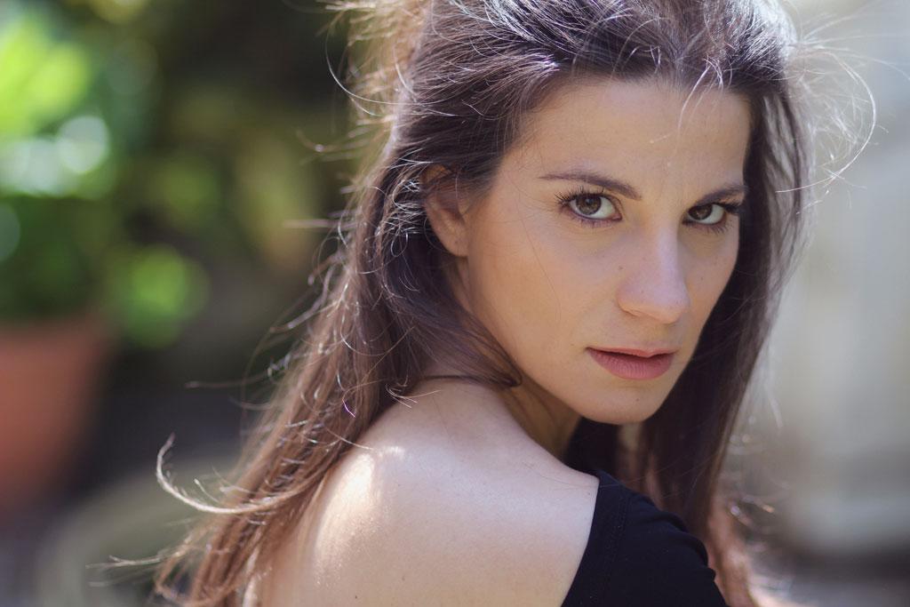 """""""Come pioggia"""" il singolo della cantautrice Anna Capasso"""