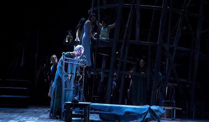 """Entusiasmo e lunghi applausi per """"Edipo a Colono"""" al Teatro Grande di Pompei"""