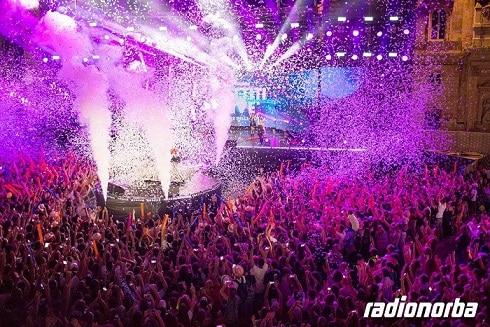 Circa 70 gli artisti sul grande palco del Radionorba Battiti Live