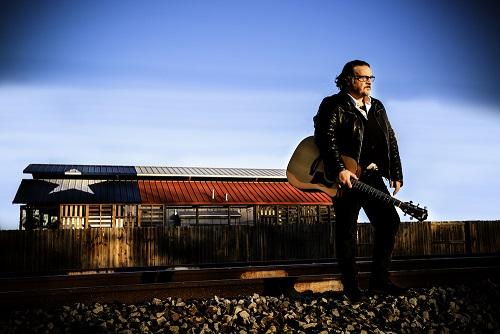 """""""Indiani e Cowboy"""", l'ultimo lavoro discografico di Cisco"""