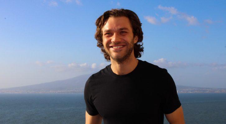Lorenzo Richelmy: dopo il successo il Dolceroma, nuovi progetti attendono l'attore italiano