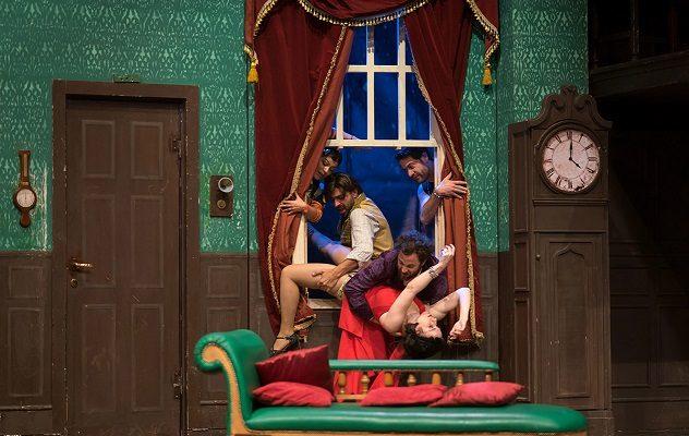 """""""Che disastro di Commedia"""" ha inaugurato la stagione del Teatro Augusteo di Napoli"""
