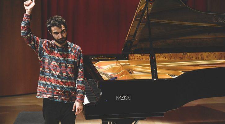 Il piano solo di Tigran Hamasyan incanta il pubblico del Roma Jazz Festival