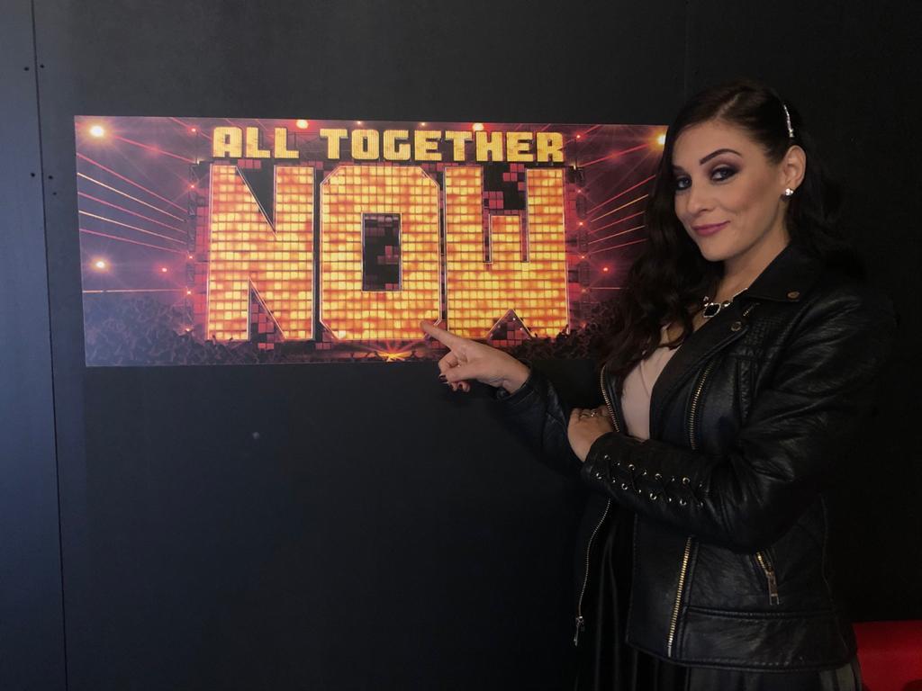 "La cantante e vocal coach Lucya torna ad ""All Together Now"""