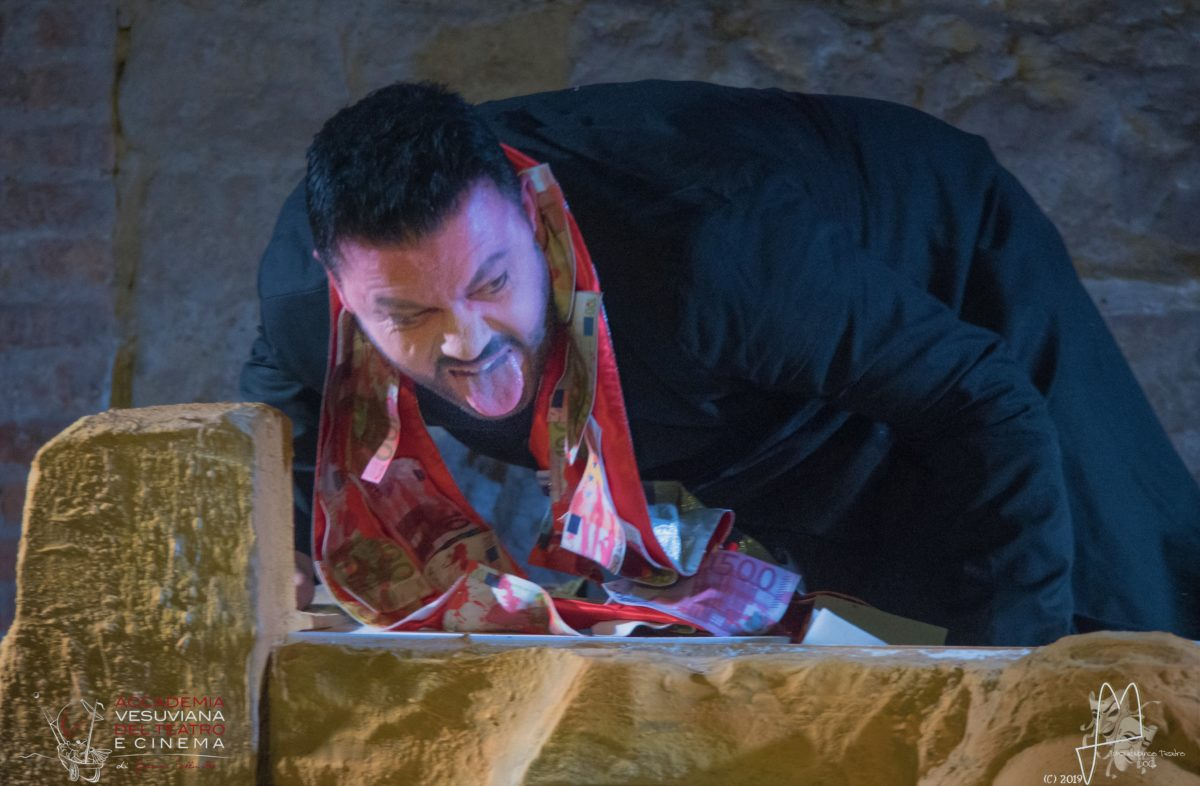 """""""Mater camorra e i suoi figli"""": la recensione"""