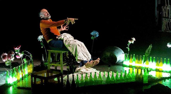 """""""Malacrescita"""" di Mimmo Borrelli, in scena al Teatro Nuovo Napoli"""