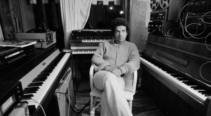 Su Rai2 un viaggio nella musica di Lucio Battisti, a 22 anni dalla scomparsa