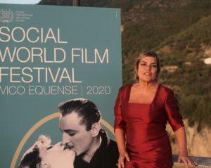 Cristina Donadio: «Mi piacerebbe interpretare Filomena Marturano diretta da Guadagnino» (cristina donadio1 300x239)