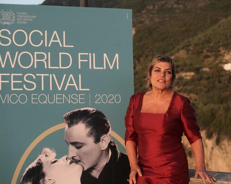 Cristina Donadio: «Mi piacerebbe interpretare Filomena Marturano diretta da Guadagnino»