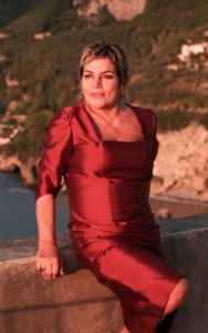 Cristina Donadio: «Mi piacerebbe interpretare Filomena Marturano diretta da Guadagnino» (cristina donadio2 188x300)