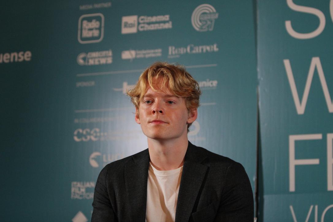 Quattro chiacchiere con Lucas Tønnesen, l'attore danese protagonista di The Rain