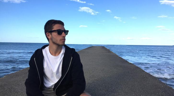 """Intervista a Nicola Russo: il cantautore e polistrumentista parla di """"Error 404 Heart Not Found"""""""