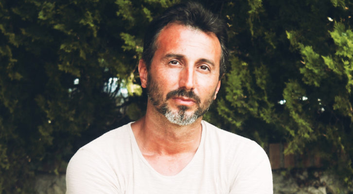 """Il cantautore Daniele Fortunato presenta il suo concept album """"Quel filo sottile"""""""