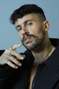 """Sanremo 2021: Aiello parla del Festival, del brano in gara e del suo album in uscita """"Meridionale"""" (Aiello ph credit Gabriele Gregis 2 200x300)"""