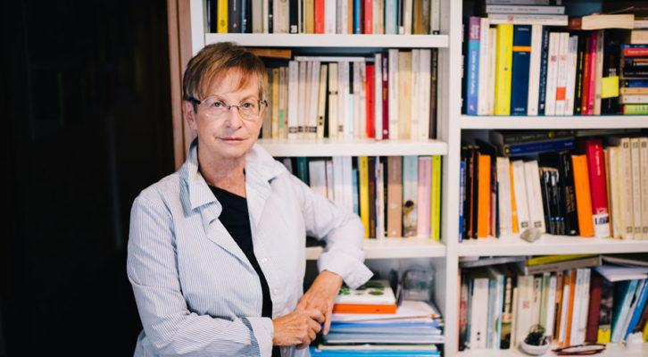 """Recensione libri: Anna Cantagallo ed il suo primo romanzo """"Arazzo familiare"""""""