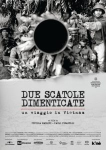 """""""Due scatole dimenticate un viaggio in Vietnam"""", il film documentario di Cecilia Mangini e Paolo Pisanelli (due scatole dimenticate un viaggio in vietnam 212x300)"""