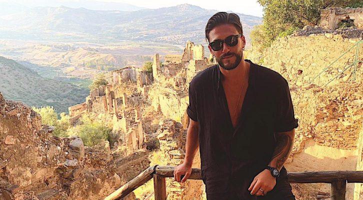 Gennaro Cassini testimonial per il turismo e la cultura in Calabria