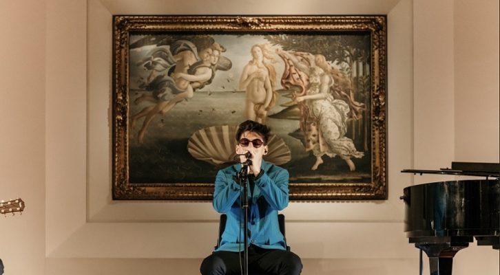 "Emanuele Aloia: l'album d'esordio ""Sindrome di Stendhal"" tra i dischi più venduti"