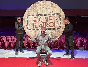 """""""E che teatro!"""", il nuovo programma scritto e condotto da Lino D'Angio e Alan De Luca"""