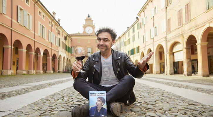 """Marco Ligabue presenta il suo libro """"Salutami mio fratello"""""""