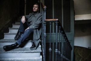 Intervista ad Andrea Tich: il cantautore ci racconta il suo nuovo viaggio musicale (Andrea Tich ph Marzia Di Legge Benigna 10 b 300x200)