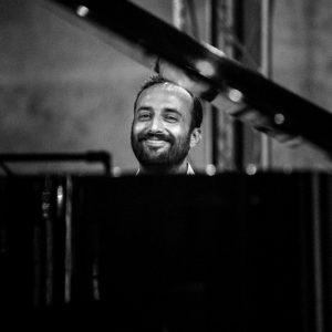 Federico De' Robertis, il leader della band Fede & Gli Infedeli si racconta